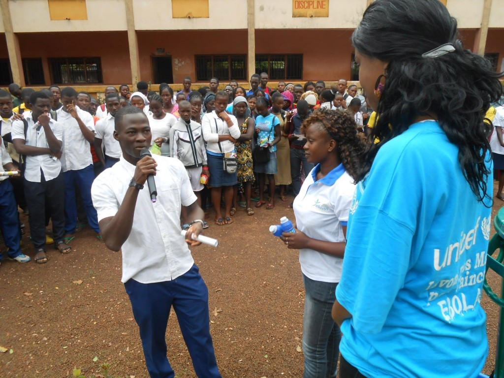 Photo: UNICEF Guinea and partners conduct Ebola education sessions at schools throughout the capital, Conakry. UNICEF Guinea, Used under Creative Commons License